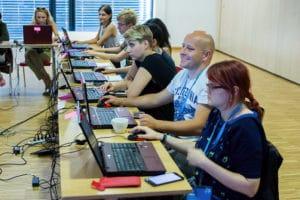 Tworzenie gry mobilnej na komputerach w Opolu