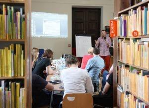 Tworzenie gier w bibliotece w Warszawie