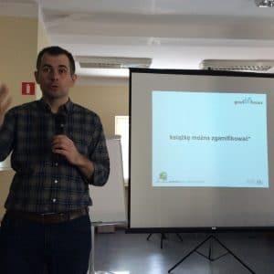 Marcin Skrabka prowadzi szkolenie w Rzeszowie