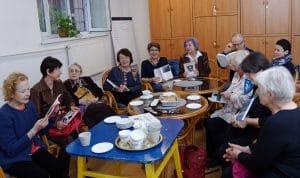 Poczęstunek podczas spotkania Literatura węgierska w bibliotece