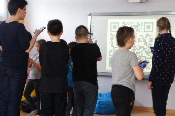 Półkolonie z projektowaniem gier w bibliotece w Wołowie