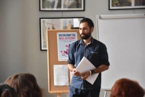 Michał Szmaj podczas szkolenia z lokalnego dziedzictwa