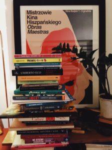 Książki podczas szkolenia z literatury hiszpańskiej i włoskiej