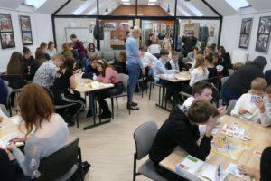 Spotkanie Niepodległa (gra) w bibliotece w Pleszewie