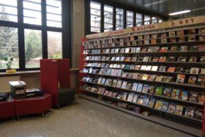 Płyty CD w bibliotece w Chełmie