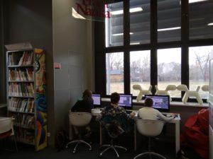 Pracownia komputerowa biblioteki w Chełmie