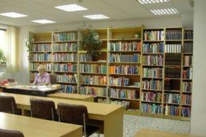 Stara czytelnie w bibliotece w Chełmie