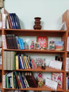 Polskie symbole w bibliotece w Dnieprze