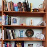 Ludowe figury w bibliotece w Dnieprze